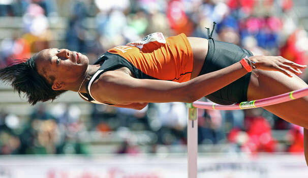 Destinee Hooker clears her final height to win the women's high jump at the Texas Relays Friday afternoon at Mike Myers Stadium in Austin on April 3, 2009. Photo: TOM REEL, San Antonio Express-News / treel@express-news.net
