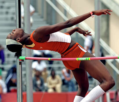 Texas high jumper Destinee Hooker clears the winning height at the Texas Relays in Austin on April 6, 2007. Photo: TOM REEL, San Antonio Express-News / SAN ANTONIO EXPRESS-NEWS