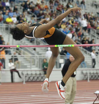 UT's Destinee Hooker clears the bar during her record-breaking night in College Station on March 13, 2009. Photo: Stuart Villanueva, AP Photo / Stuart Villanueva, Bryan-College Station Eagle