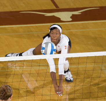 Texas' Destinee Hooker goes for the ball in this undated photo. Photo: JIM SIGMON, The University Of Texas / Jim Sigmon