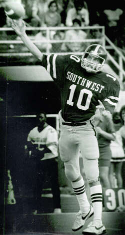 Ty Detmer photographed in high school days at Southwest High School in San Antonio, TX. San Antonio Express-News File Photo Photo: San Antonio Express-News File Ph, SAN ANTONIO EXPRESS-NEWS / SAN ANTONIO EXPRESS-NEWS