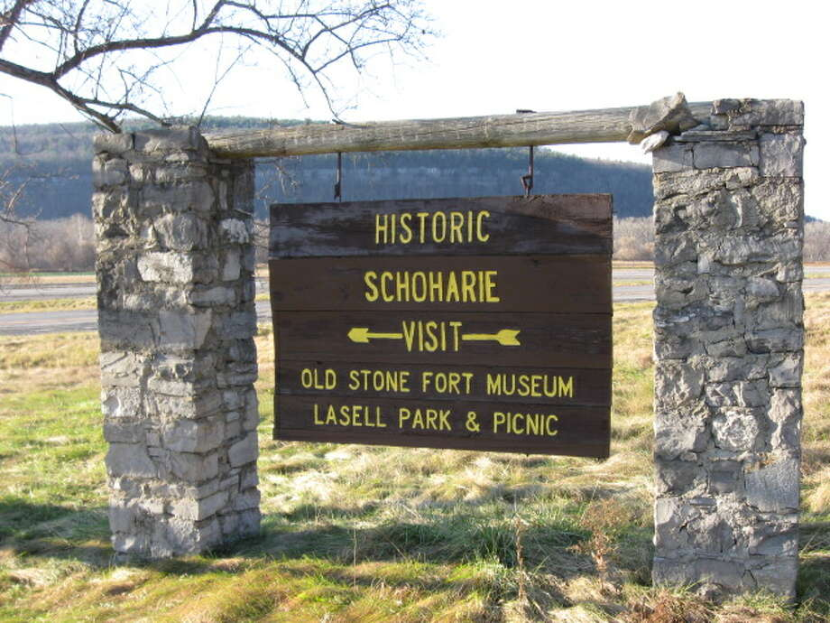 Sign at the entrance of the Old Stone Museum in Schoharie. (Courtesy Darlene Patterson)