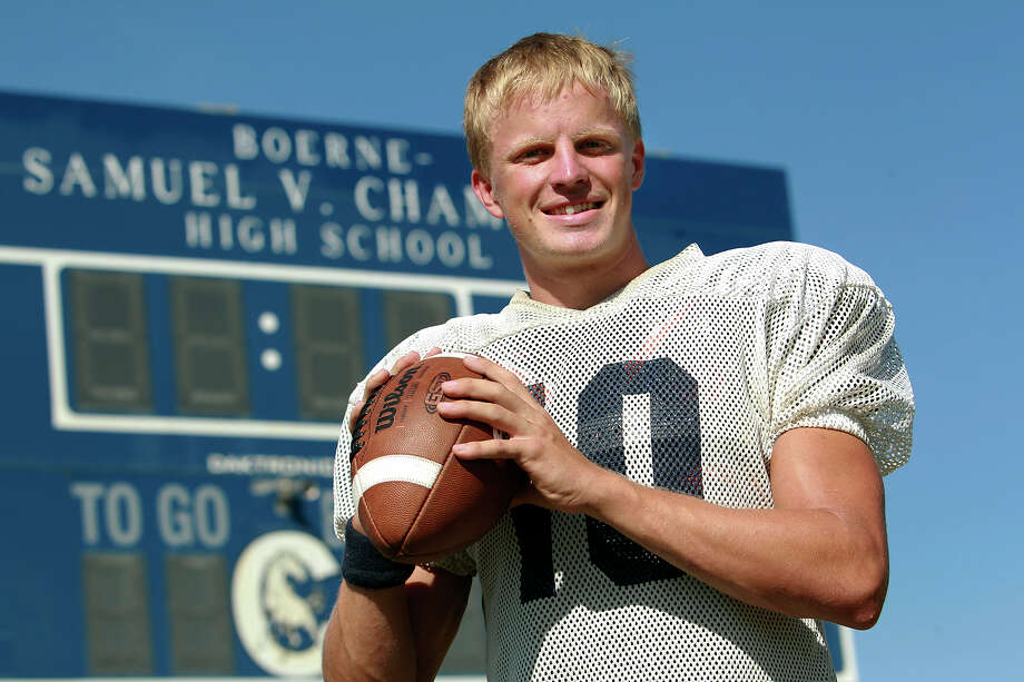Champion's Kyle Poeske has thrown for 890 yards in two games. Photo: Tom Reel, San Antonio Express-News / ©2012 San Antono Express-News