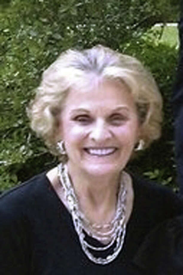 Doris (Geyer) Schorlemer Staffel passed away suddenly at home on Monday, September 3, 2012.