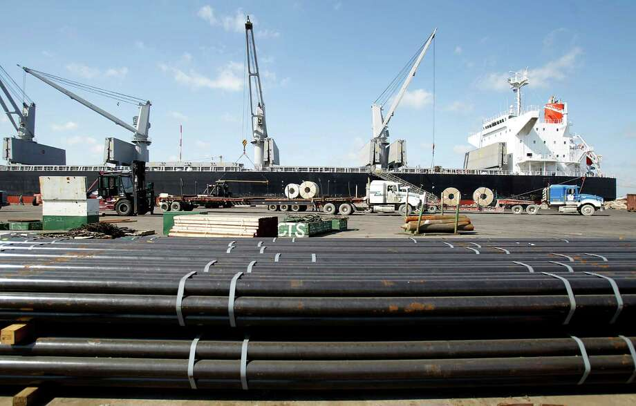 Steel shipments often go though the Port of Houston. A recent state report wants sweeping changes to the 85-year-old organization's operations. Photo: Karen Warren / © 2012  Houston Chronicle
