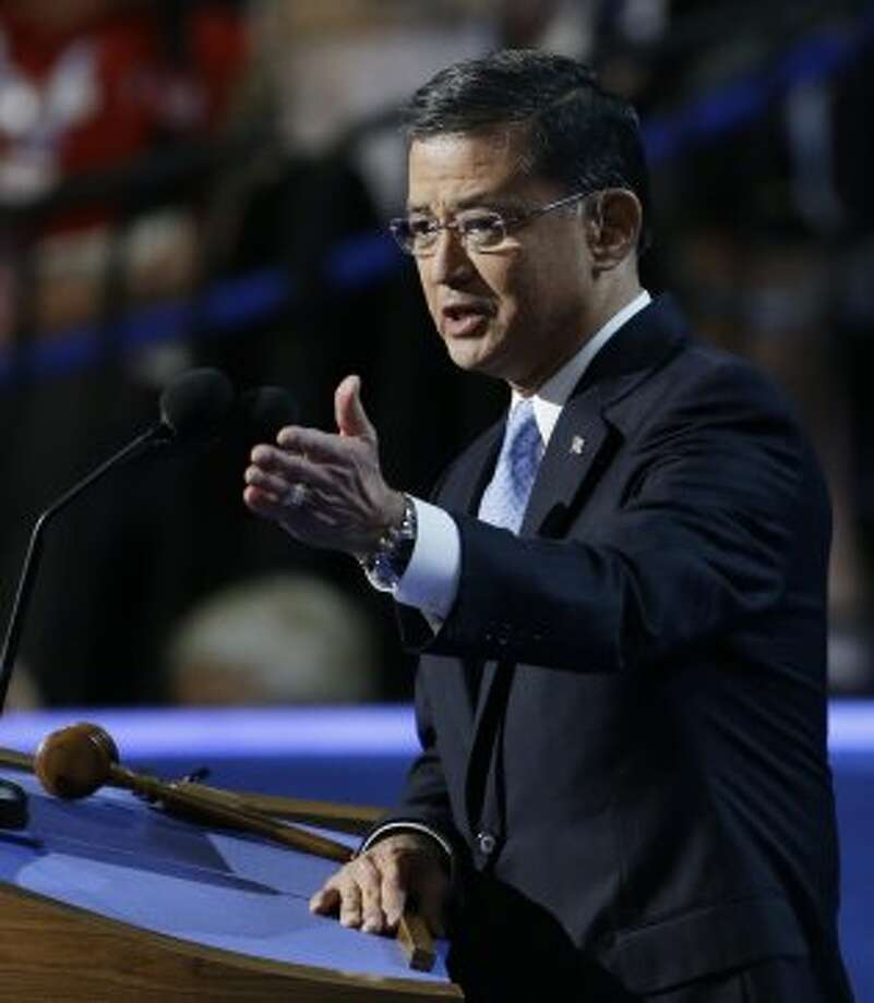 General Eric Shinseki speaks to delegates at the Democratic National Convention in Charlotte, N.C., on Wednesday, Sept. 5, 2012.  (Lynne Sladky / Associated Press)