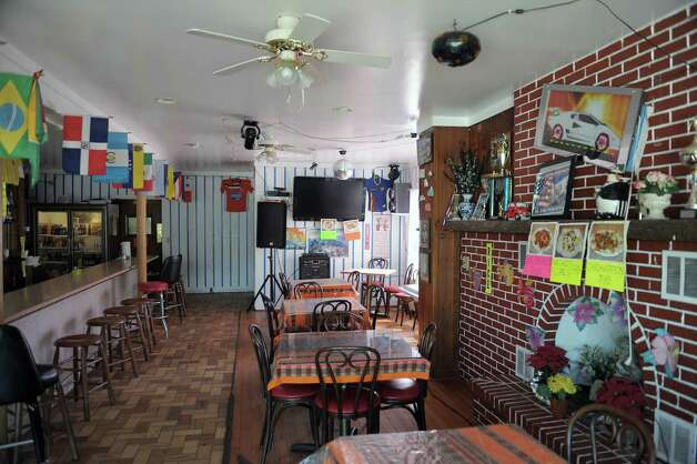 A view of the dining area in Flores Family Restaurant on Sunday, Sept. 2, 2012 in Schenectady, NY.  (Paul Buckowski / Times Union) Photo: Paul Buckowski