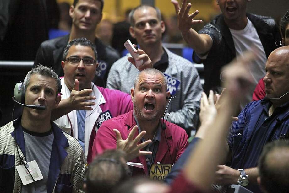 Chicago traders work the Standard & Poor's 500 floor last month. Its index climbed 28 points. Photo: Tim Boyle, Bloomberg