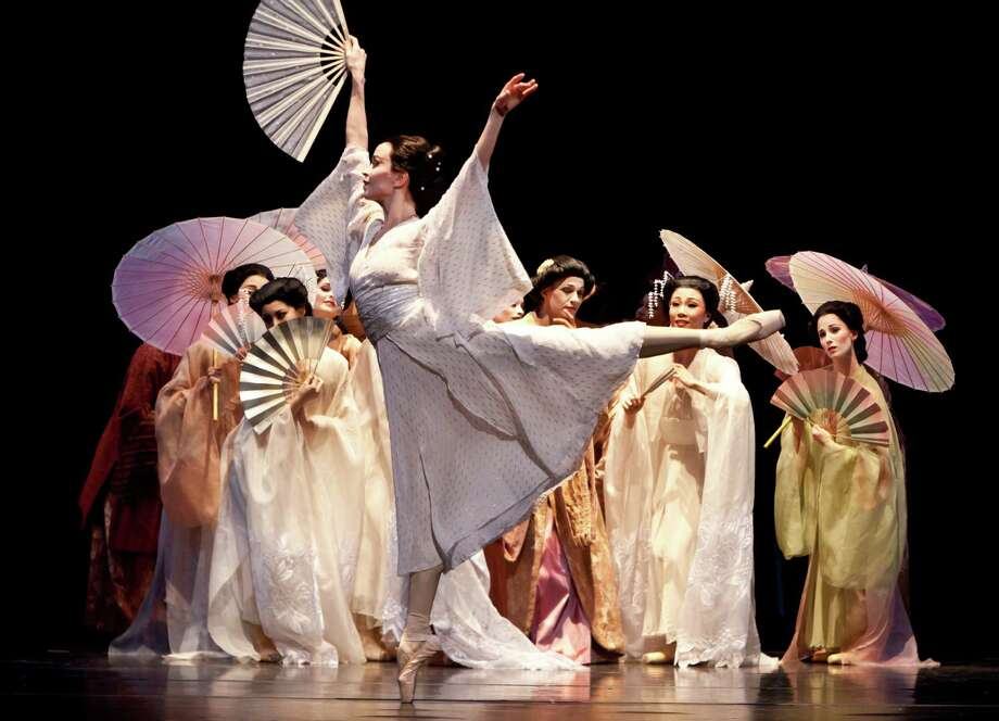 "Amy Fote, who retires this season, performs a signature role in Houston Ballet's ""Madame Butterfly."" Photo: Amitava Sarkar"