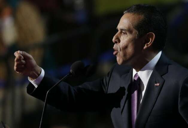 Los Angeles Mayor and Democratic Convention Chairman Antonio Villaraigosa the Democratic National Convention in Charlotte, N.C., on Thursday, Sept. 6, 2012. (AP Photo/Lynne Sladky) (Associated Press)