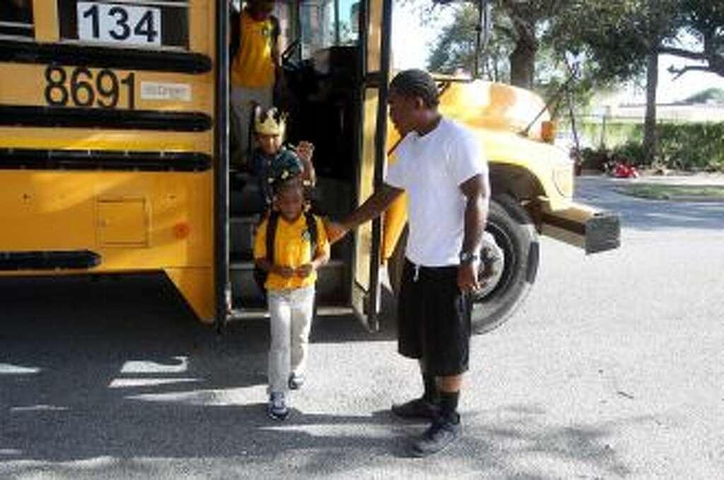 Jerald Adams Jr.'s children, 5-year-old Jeriyah and Ja