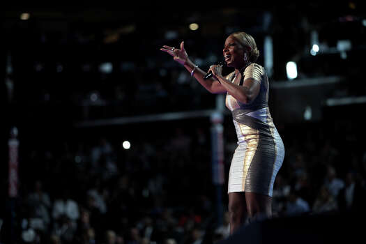 Mary J. Blige performs on the final night of the Democratic National Convention at Time Warner Cable Arena in Charlotte, NC on Thursday, Sept. 6, 2012. Photo: Lisa Krantz, San Antonio Express-News / San Antonio Express-News