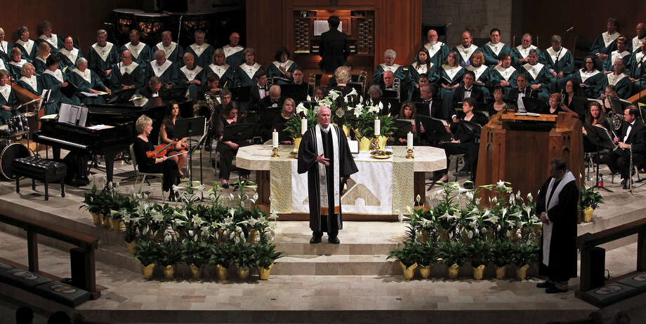 Rev. Charles Anderson speaks to the congregation during Easter services at the University United Methodist Church on De Zavala Road on April 7, 2012. Photo: Tom Reel, San Antonio Express-News / San Antonio Express-News