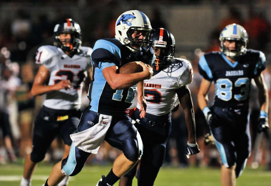 Johnson quarterback Hunter Rittiman runs to the endzone for a touchdown vs. Brandeis. Photo: ROBIN JERSTAD  ROBIN@JERSTADPHOT, Express-News