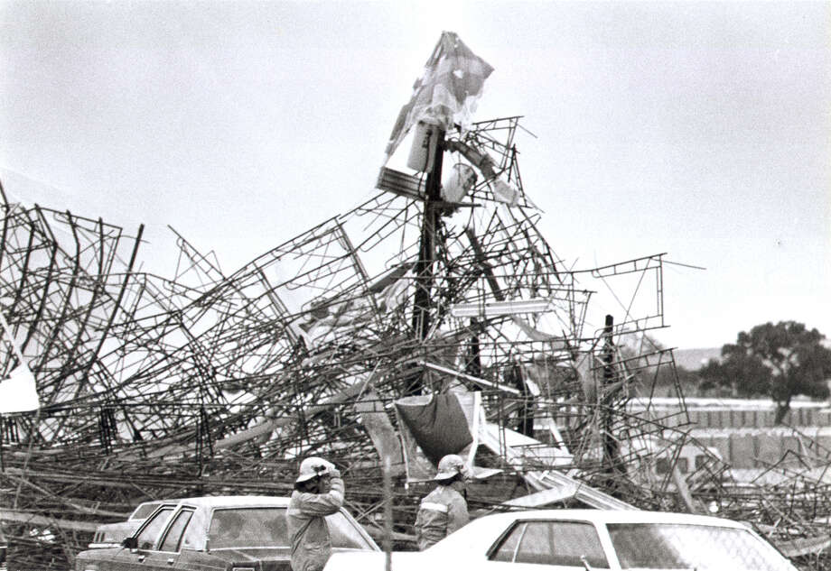 The original Mass site for Pope John Paul II's visit to San Antonio is seen on Sept. 10, 1987, after it was destroyed by high winds. Photo: San Antonio Express-News File Photo / San Antonio Express-News