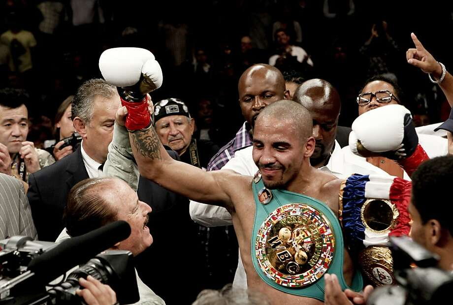 Andre Ward retains his title after taking on Chad Dawson for the WBA/WBC super middleweight title at the Oracle Arena in Oakland, Calif., on Saturday September 08, 2012. Photo: Michael Macor, The Chronicle