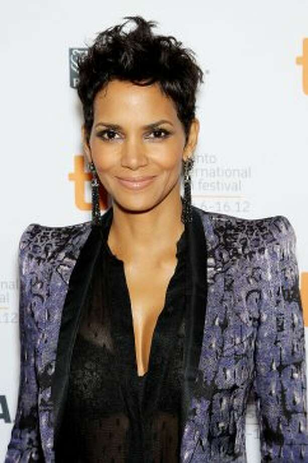 "This image released by Starpix shows actress Halle Berry at the premiere of ""Cloud Atlas."" (ASSOCIATED PRESS)"