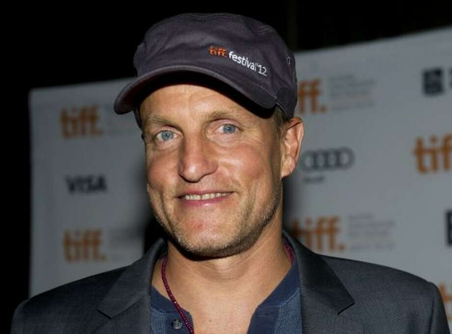 "Actor Woody Harrelson poses on the red carpet at the gala for the new movie ""Seven Psychopaths."" (ASSOCIATED PRESS)"
