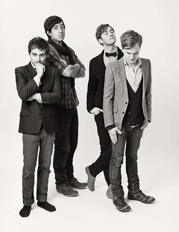 Grizzly Bear. Photo: Warp