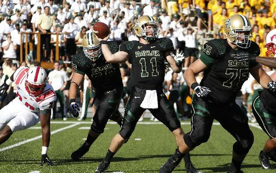 3. Baylor (Last week 3, next week vs. Sam Houston State) — Bears rest/prepare for Sam Houston, but obviously have to be extremely wary with menacing road trips to Louisiana-Monroe and West Virginia looming. LM Otero/Associated Press