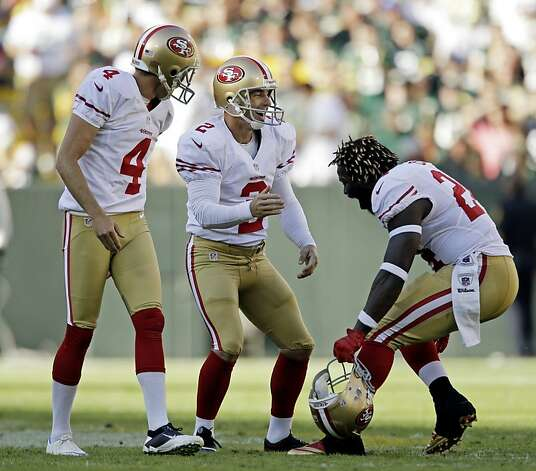 San Francisco 49ers kicker David Akers celebrates after kicking a 63-yard field goal during the first half of an NFL football game against the Green Bay Packers Sunday, Sept. 9, 2012, in Green Bay, Wis. (AP Photo/Jeffrey Phelps) Photo: Jeffrey Phelps, Associated Press / SF