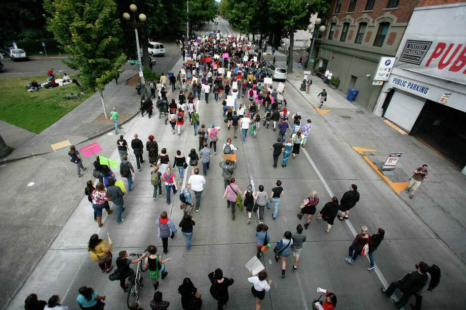 Protesters march down Fourth Avenue. Photo: Sofia Jaramillo / SEATTLEPI.COM