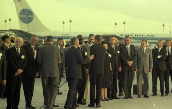 09/11/1962 - President John F. Kennedy arrives at International Airport in Houston to huddle with NASA's leadership and address a national audience from Rice to bolster his initiative to land American astronauts on the moon.President Kennedy is greeted at the airport by local dignitaries. Photo: Houston Chronicle / Houston Chronicle