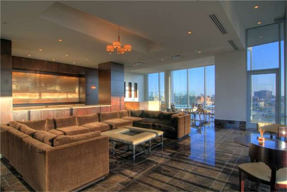 2727 Kirby Dr.: $5.25 million