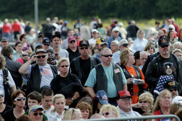 About 10,000 people attend the dedication of the Flight 93 National Memorial on Sept. 10, 2011. As we remember the Sept. 11 attacks, we should honor those who serve in the military to keep the nation safe.  Photo: FIle Photo, McClatchy-Tribune / MCT