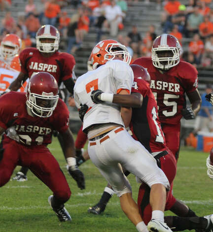Jasper's defense stuffs a Orangefield runner Photo: Jason Dunn