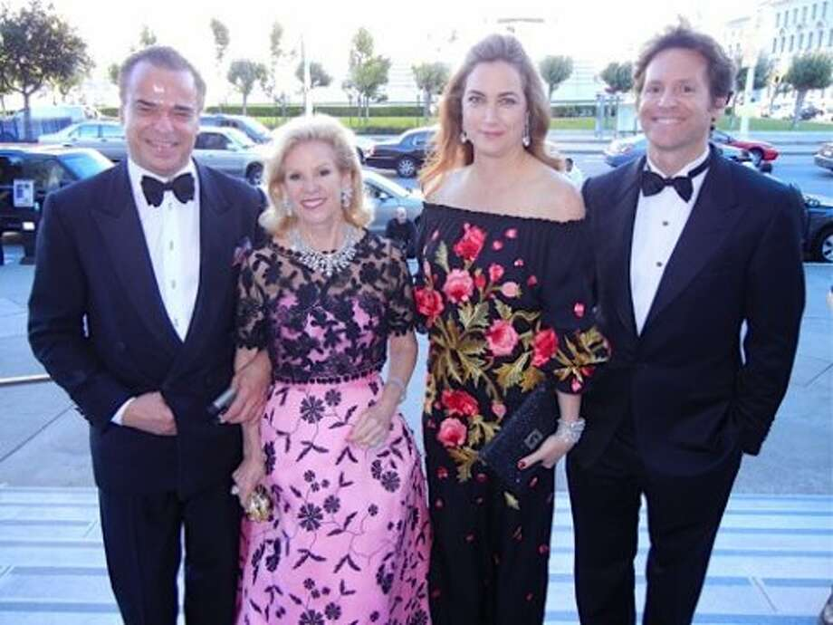 Boaz Mazor (left) with Opera Ball Grand Sponsor and SF Opera Trustee Dede Wilsey (in Oscar de la Renta) and her daughter-in-law and son, Alexis and Trevor Traina (Catherine Bigelow)