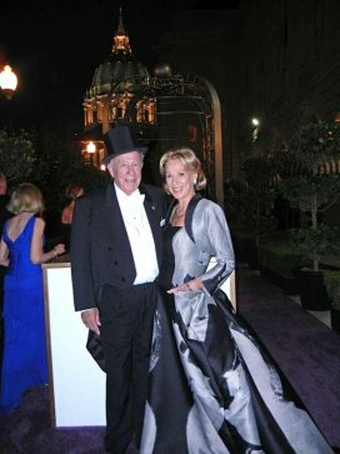 Former Secretary of State George Shultz and his missus, Protocol Chief and SF Opera Trustee Charlotte Shultz (in Carolina Herrera) (Catherine Bigelow)