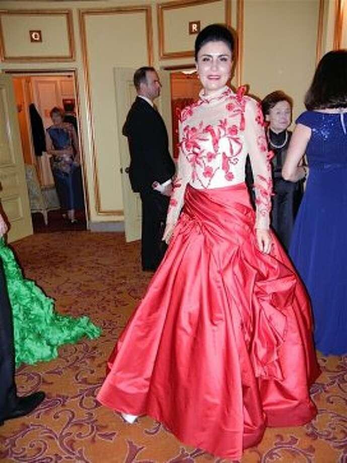 Afsaneh Aktari (in Azadeh couture) (Catherine Bigelow)