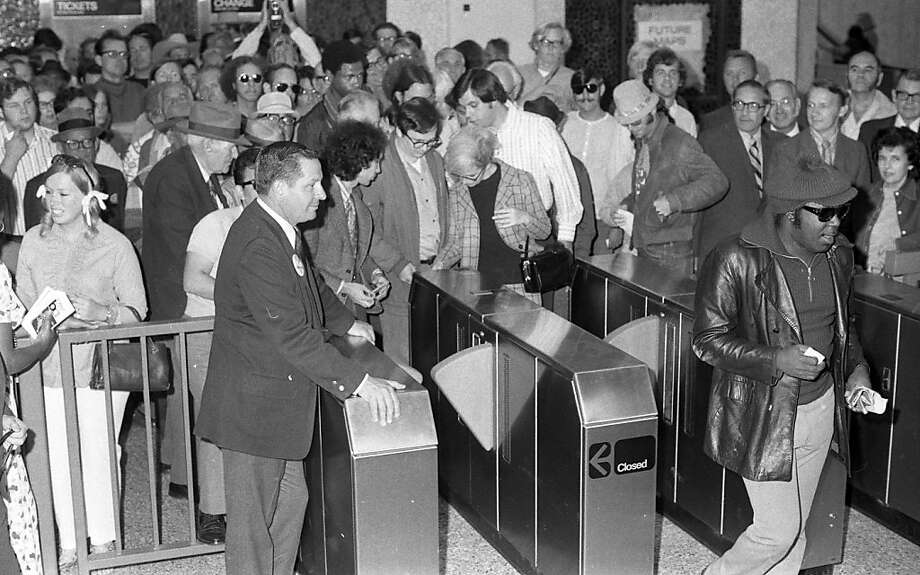 Patrons enter one of the new Oakland BART stations in Oakland, Calif., on opening day, Monday, September 11, 1972.  Photo: Charles B. Peterson, The Chronicle