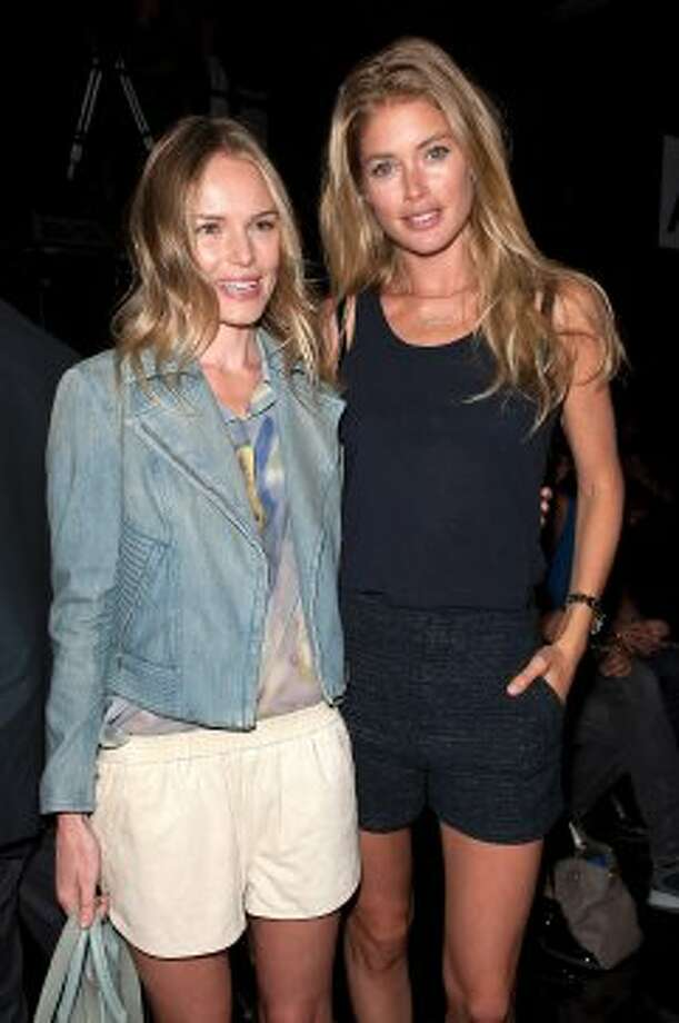 Kate Bosworth (L) and model Doutzen Kroes attend Theyskens' Theory Spring 2013 show during Mercedes-Benz Fashion Week.  (D Dipasupil / Getty Images)