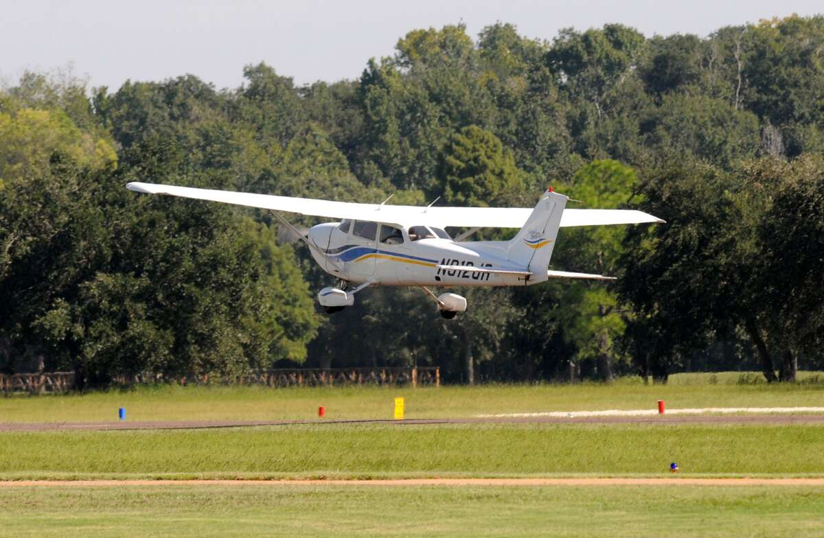 Rex Smuts, 90, pilots a Cessna 172 for the first time in 40 years at West Houston Airport. Freelance photo by Jerry Baker