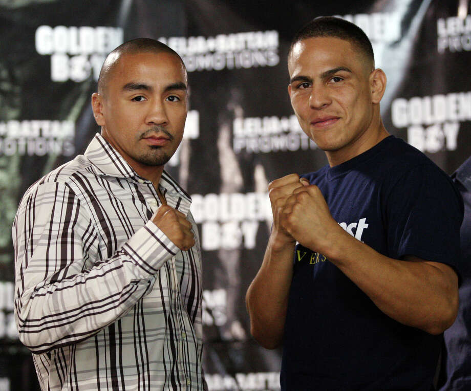 Rocky Juarez (left), who hasn't won since 2008, is scheduled to fight Antonio Escalante on Oct. 27. Photo: Jerry Lara, San Antonio Express-News / San Antonio Express-News