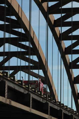 Thaddeus Kosciuszko Bridge viewed from Towpath Road in Halfmoon, N.Y., Tuesday Sep. 11, 2012.  Roadwork on the northbound side of the Twin Bridges is scheduled to be completeed this weekend. The southbound deck will be replaced in the spring. (Will Waldron / Times Union) Photo: Will Waldron