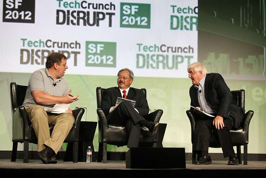 Moderator Michael Arrington (left) talks with Mayor Ed Lee and investor Ron Conway during a fireside chat at the San Francisco Design Center. Photo: Lea Suzuki, The Chronicle