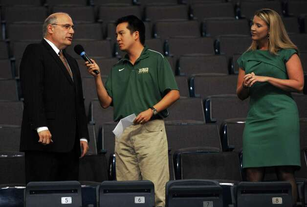 Siena College men's and women's basketball head coaches Mitch Buonaguro, left, and Ali Jaques, right, are introduced during the Siena basketball Sneak Preview at the Times Union Center in Albany, NY Tuesday Sept. 11, 2012. (Michael P. Farrell/Times Union) Photo: Michael P. Farrell