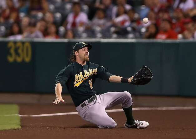 Josh Reddick has become the A's first Gold Glove outfielder since Dwayne Murphy in 1985. Photo: Jeff Gross, Getty Images