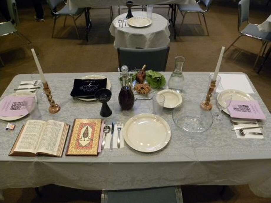 A typical seder meal includes various symbolic foods, table settings and rituals to retell the story of the Exodus (Photo: Ken Chitwood).