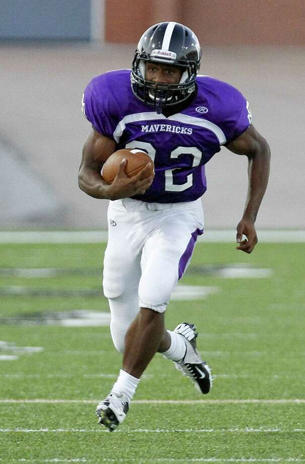 Morton Ranch running back E.J. Achelus is leading the Houston area in rushing this season. Photo: Diana L. Porter / © Diana L. Porter