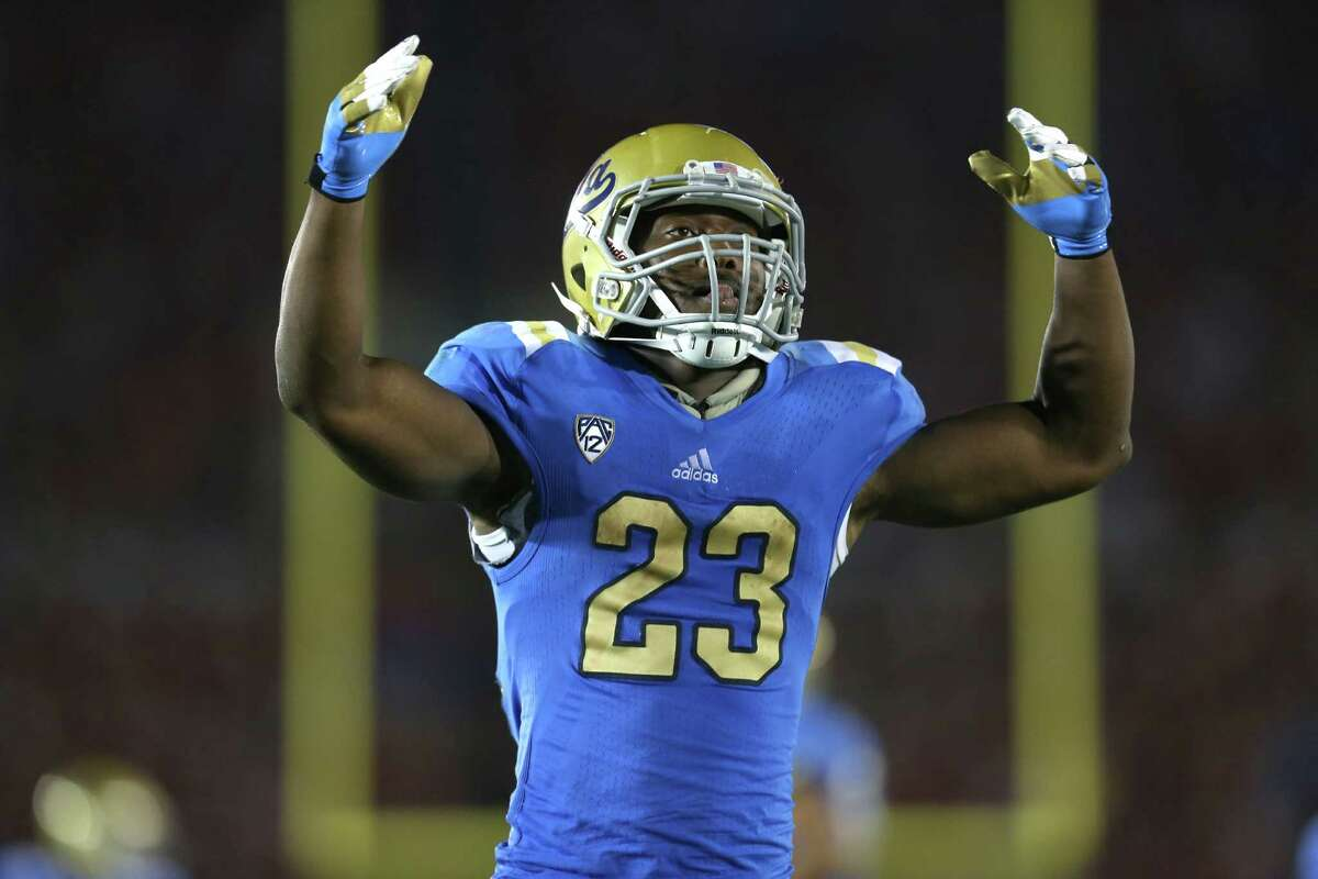 PASADENA, CA - SEPTEMBER 08: Running back Johnathan Franklin #23 of the UCLA Bruins celebrates after a 54 yard run to the 21 yard line in the fourth quarter against the Nebraska Cornhuskers at the Rose Bowl on September 8, 2012 in Pasadena, California. UCLA won 36-30.