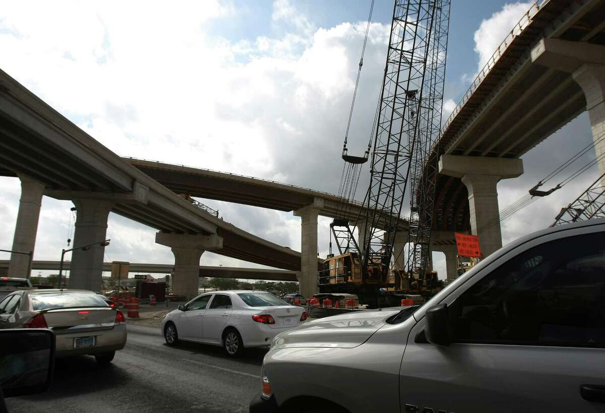 Construction work continues at the interchange of U.S. 281 and Loop 1604.