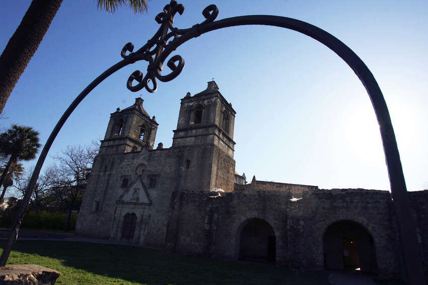 This is Mission Concepcion located at 807 Mission Road.