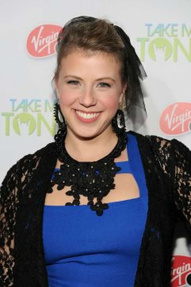 """Jodie Sweetin — Stephanie Tanner on """"Full House — is now 30, a recovering meth addict and mom to two kids.  (Frazer Harrison / 2011 Getty Images)"""