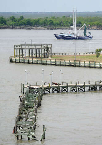the fishing pier at Walter Umphrey State Park was destroyed by Hurricane Ike. Guiseppe Barranco/The Enterprise Photo: Guiseppe Barranco / Beaumont