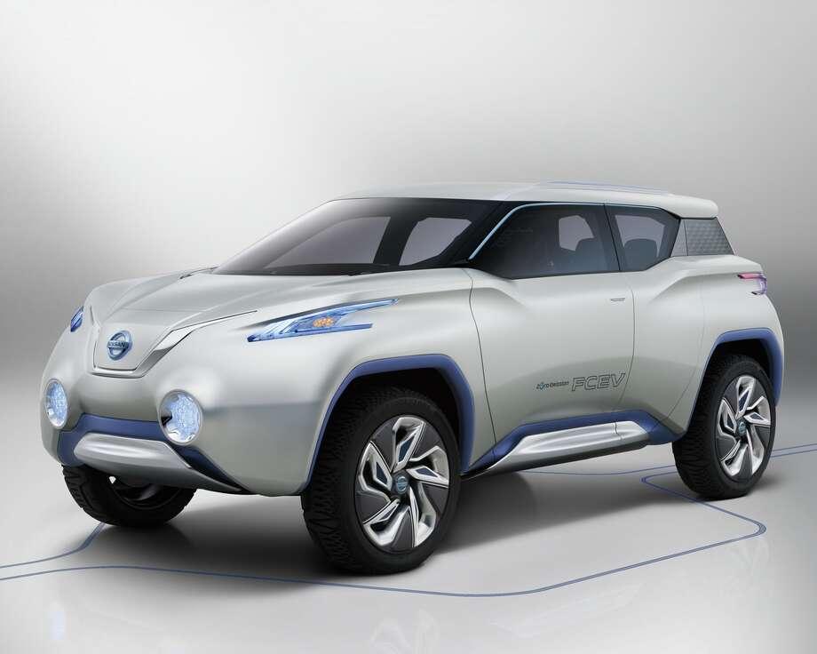 / © 2012 Nissan