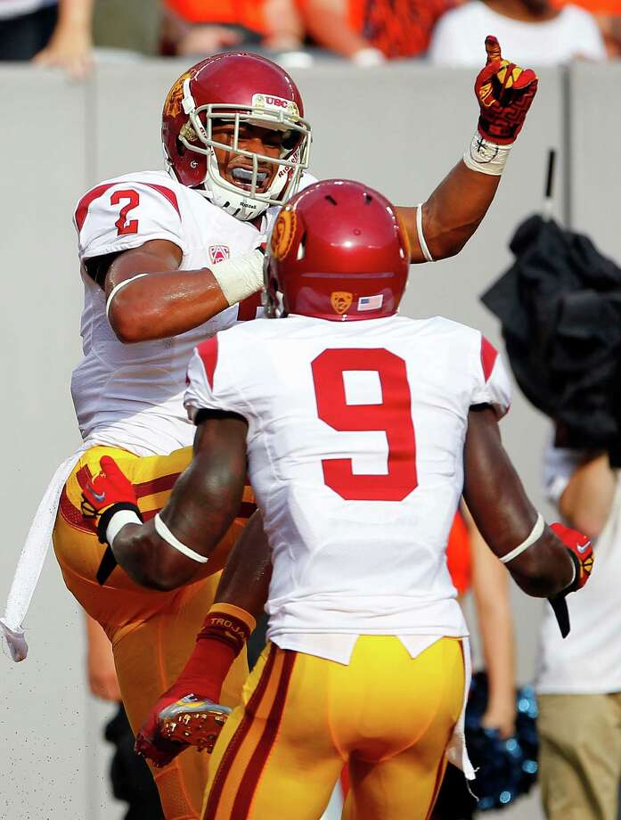 Robert Woods (left) and teammate Marqise Lee give Southern Cal the nation's most potent receiver combo. Photo: Rich Schultz, Getty Images / 2012 Getty Images